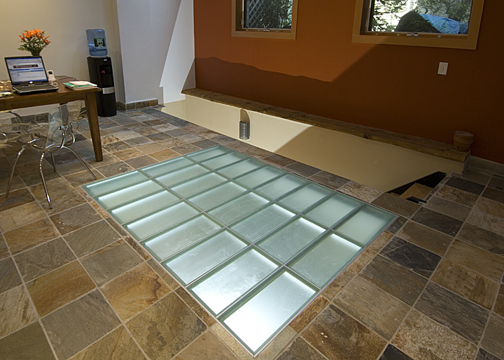 Fashionable In Todays Contemporary Architecture Glass Stair Treads And Walking Surfaces Are Ideal For Both Commercial Residential Construction