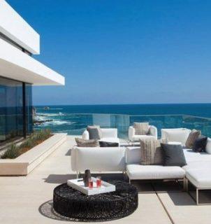 -balcony-design-glass-balcony-railing-